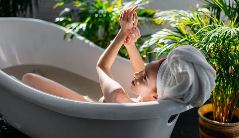tinh dầu gừng để tắm và massage