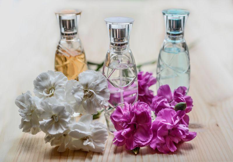 Cách làm nước hoa từ tinh dầu
