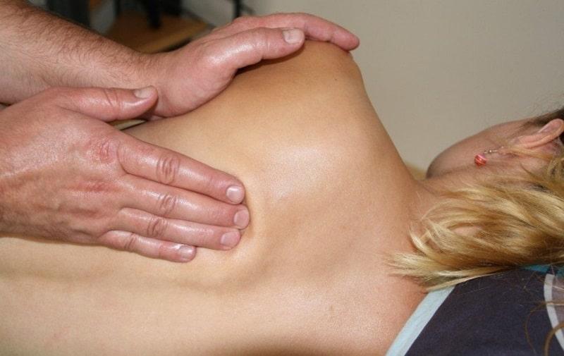 cách dùng tinh dầu để massage ktd