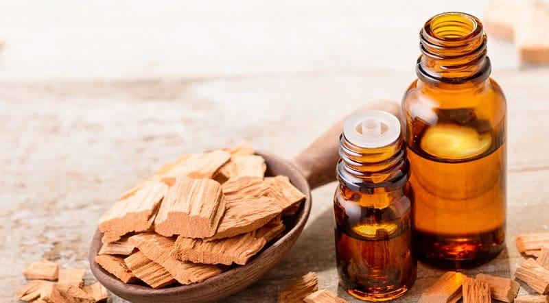 tinh dầu đàn hương được người dùng để thiền