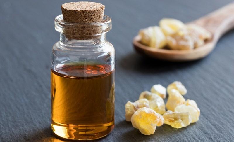 tinh dầu hương trầm dùng để thiền