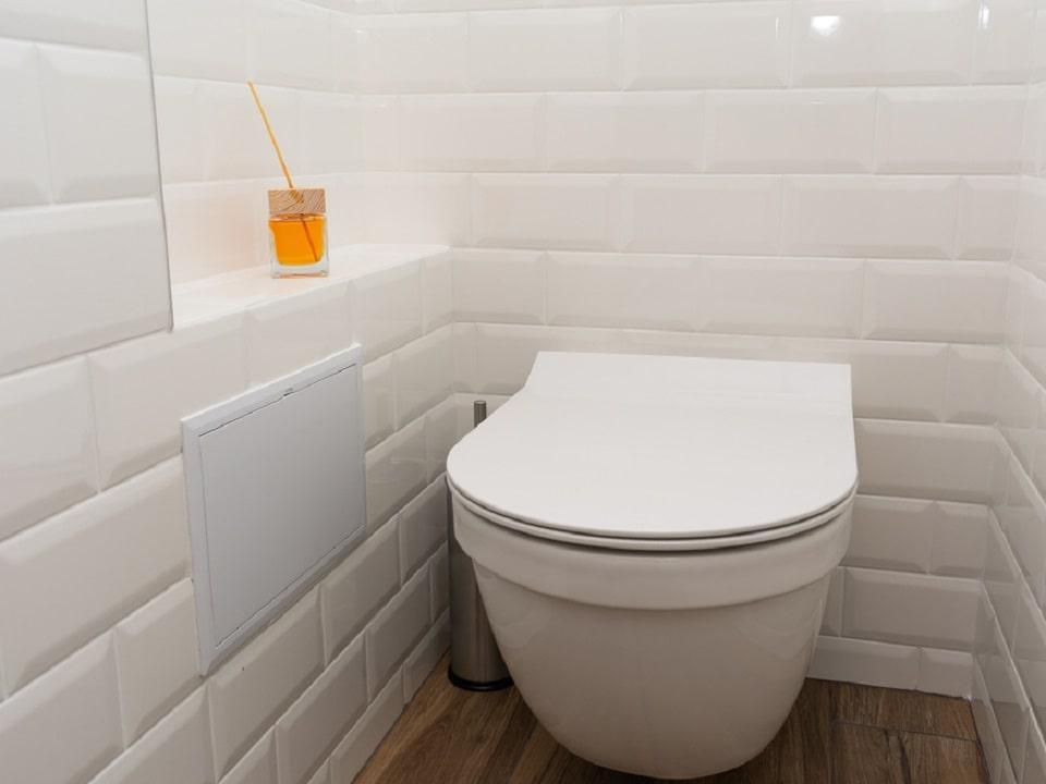 tinh dầu dùng trong nhà vệ sinh